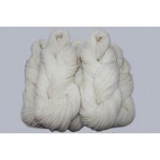 White yarn (Lithuanian wool)
