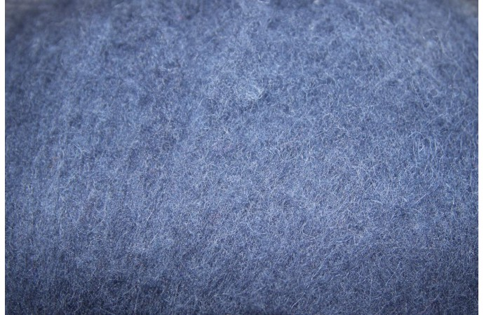 Dark blue carded wool