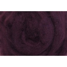 Violet color merino wool tops
